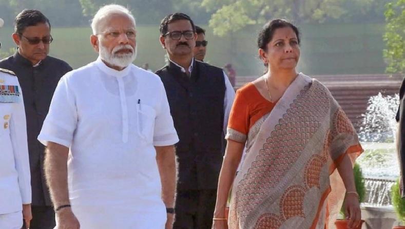 नरेंद्र मोदी और निर्मला सीतारमन।