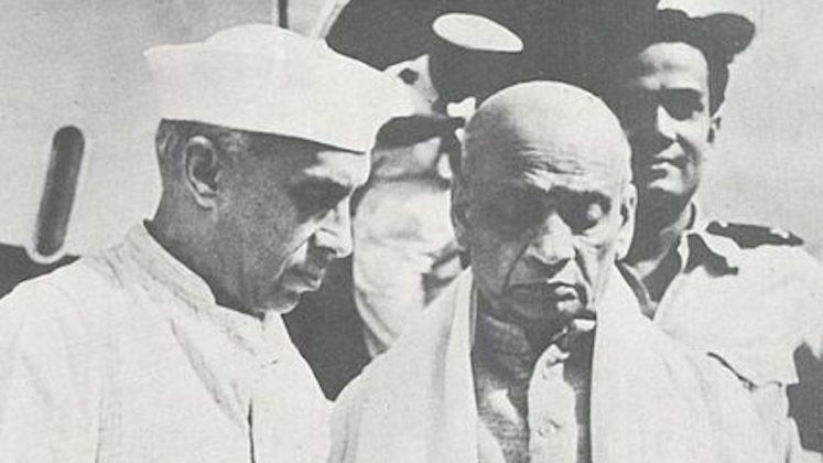 नेहरू और पटेल।