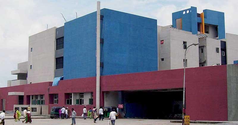 सूरत का अस्पताल।